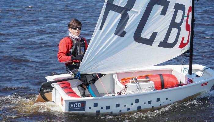 Optimist with Dotan rudder in tacking