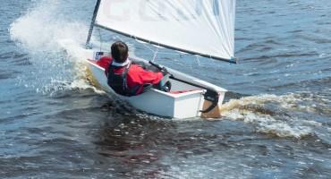 Optimist with a Dotan rudder